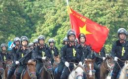 Thủ tướng và Chủ tịch Quốc hội dự Lễ ra mắt Đoàn Cảnh sát cơ động Kỵ binh