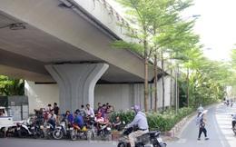 Người dân Hà Nội đổ về công viên, hồ nước, gầm cầu trốn nắng nóng 'thiêu đốt'