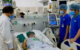 Làm việc dưới nhiệt độ cao, nam bệnh nhân bị sốc nhiệt dẫn tới hôn mê, chuyên gia chỉ ra 4 nhóm cần đặc biệt giữ sức khỏe trong thời điểm nắng nóng