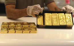 Giá vàng bất ngờ tăng vọt