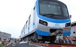 Cận cảnh toa tàu metro đầu tiên vào đường ray tại TP.HCM