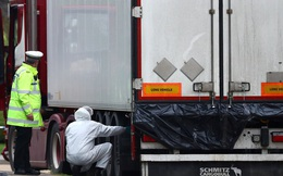 Vụ 39 thi thể người Việt: Hé lộ lời nạn nhân trăng trối và cảnh tài xế mở container