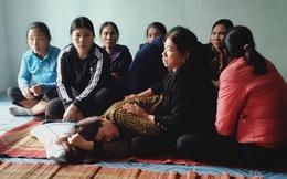 Sạt lở kinh hoàng ở Quảng Trị vùi lấp 22 cán bộ, chiến sĩ: Vợ khóc ngất mong tin chồng, người thân ngã quỵ, nín thở chờ đợi thông tin
