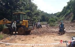 Đắk Nông: Sạt lở đất trên QL28, giao thông ách tắc nhiều giờ