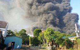 Công ty xử lý môi trường ở Bình Dương chìm trong biển lửa