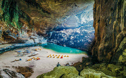 Hướng đến số ít du khách giàu có, công ty duy nhất khai thác tour đến hang Sơn Đoòng đang làm ăn ra sao?