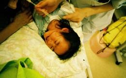 """Bố Nhật cùng con gái bị bệnh tim bẩm sinh chiến đấu suốt 10 năm: """"Bố chẳng cần gì, chỉ cần con sống"""" và 10.000 bức ảnh động lòng người"""
