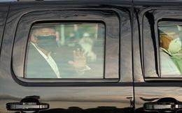 Nhiễm Covid-19, Tổng thống Trump vẫn rời bệnh viện đi chào người ủng hộ