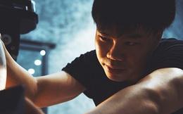 Sống bằng đam mê: Cựu sinh viên FTU rẽ ngang sang nghề viết chữ, đến nay thành nghệ nhân calligraphy số 1 Việt Nam