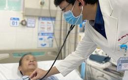 Suýt chết vì có triệu chứng nguy hiểm mà chỉ ở nhà xoa dầu gió: BS cảnh báo trường hợp cần đến viện ngay