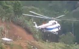 Máy bay đã thả được lương thực xuống xã Phước Lộc tiếp tế cho người dân
