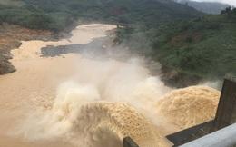 Quảng Nam lại sạt lở núi khiến 1 người chết, hồ Phú Ninh và nhiều thủy điện xả lũ