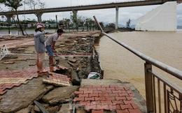 Bờ biển Đà Nẵng ngổn ngang, kè sông sụt lún vì bão số 13