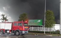 Cháy lớn khu công nghiệp ở Bắc Giang, khói đen bốc cao hàng chục mét
