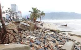 """Ảnh: Cận cảnh bãi biển """"đẹp nhất hành tinh"""" tan hoang, xơ xác sau bão số 13"""