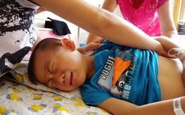 """Bé trai 4 tuổi tử vong ngay sau khi uống cốc sữa đậu nành của mẹ: Bác sĩ cảnh báo những sai lầm cần tránh kẻo """"chết vì độc"""""""