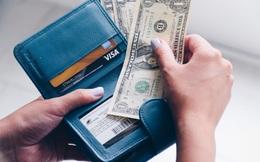 """Để không tiêu hoang, trong ví của 1 """"chuyên viên trị liệu tài chính"""" chưa bao giờ thiếu thứ quan trọng này: Ai cũng cần luôn!"""