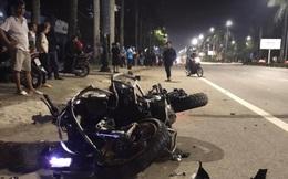 """CLIP: """"Siêu môtô"""" BMW tông xe máy văng gần 100 m, 3 người thương vong"""