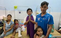 """Người đàn ông bật khóc """"xin đi xe chứ không cần tiền"""" đã gặp được vợ con sau vụ sạt lở đất kinh hoàng ở Trà Leng"""