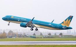 Máy bay Vietnam Airlines phải dừng cất cánh khẩn cấp vì khách nam bất ngờ bật lửa đốt khăn giấy trên máy bay