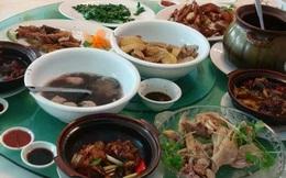 Một gia đình 3 người nhập viện do ăn đồ thừa để qua đêm: Bác sĩ chỉ rõ 5 món ăn càng để lâu càng làm tổn hại nội tạng, sinh chất ung thư