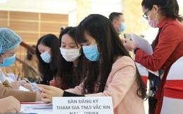 """Vắc xin COVID-19 """"made in"""" Việt Nam dự kiến giá khoảng 120.000 đồng/ liều"""