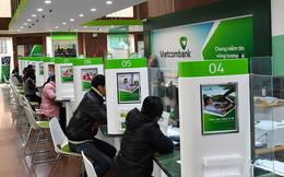 Cổ phiếu Vietcombank lập đỉnh mới trước thềm chia cổ tức, vốn hóa thị trường đạt gần 15,5 tỷ USD