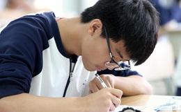 70 học sinh Hà Tĩnh được đặc cách là HSG cấp tỉnh vì đạt IELTS 6.5 trở lên, nhiều phụ huynh Hà Nội lo sốt vó, sợ cửa vào ĐH của con ngày càng hẹp