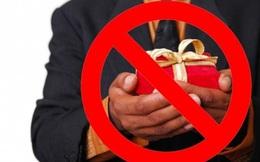 Nghiêm cấm tặng quà Tết cho lãnh đạo các cấp dưới mọi hình thức