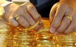 """Chênh giá lớn làm tăng nguy cơ vàng """"vượt biên"""""""