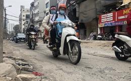 Những tuyến đường chằng chịt 'ổ gà, ổ voi' ở Hà Nội
