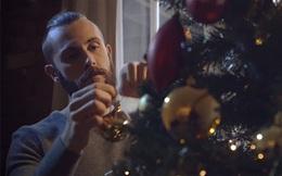 Ra mắt đã lâu, video quảng cáo Giáng sinh với kinh phí 1,5 triệu đồng vẫn khiến triệu người rơi nước mắt