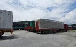 Vụ bắt 100 xe tải hàng Trung Quốc ở Lào Cai: Có rác thải điện tử, chân gà, hàng hiệu giả