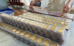 Giá vàng hôm nay 26-12: Vàng SJC giảm mạnh, vẫn bỏ xa giá thế giới