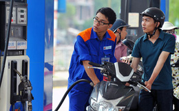 Tăng giá xăng dầu kỳ thứ 3 liên tiếp, thêm trên dưới 400 đồng/lít