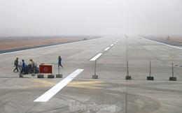 Nhìn gần đường băng 1B sân bay Nội Bài sắp hoàn thành