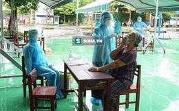 [Ảnh] Vào khu phong toả ở Đà Nẵng, tận mắt chứng kiến quy trình lấy mẫu xét nghiệm Covid-19