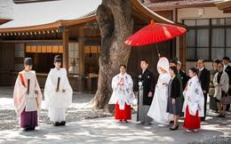 12 công việc kỳ lạ chỉ có ở Nhật: Số 1 dành cho người gan dạ, nghề cuối việc nhàn lương 900 triệu/tháng