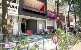 Hà Nội: Nghi nổ khí ga, cửa kính một nhà hàng bị thổi bay