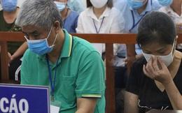 Xử phúc thẩm vụ học sinh trường Gateway tử vong trên xe đưa đón: Bị cáo Nguyễn Thị Bích Quy và Doãn Quý Phiến quay lại xin lỗi gia đình bị hại