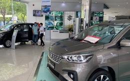 Tiêu thụ xe bán tải giảm rất mạnh trong tháng 7