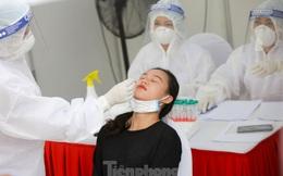Nhìn gần đợt xét nghiệm vét cho người dân Hà Nội về từ Đà Nẵng