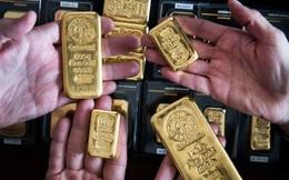 """Giá vàng """"nhảy múa"""" vì bài phát biểu của Chủ tịch Fed"""