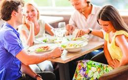 4 triệu chứng xuất hiện sau bữa ăn có thể là tín hiệu bệnh tật, 4 thực phẩm nên ăn sau bữa ăn để có dáng đẹp, thân khỏe