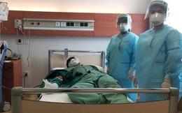 Nữ nhân viên công ty Trường Sinh tình nguyện hiến huyết tương điều trị cho bệnh nhân mắc Covid-19 nặng, nguy kịch