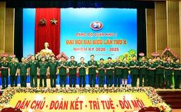 Trung tướng Trần Hoài Trung tái đắc cử Bí thư Đảng ủy Quân khu 7