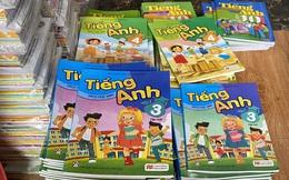 Tạm giữ gần 4.000 quyển sách giáo khoa có dấu hiệu giả mạo nhà xuất bản Giáo dục Việt Nam