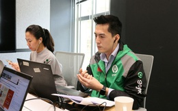 """Tân CEO Gojek Việt Nam """"gây bão"""" vì để lộ góc nghiêng khi bị chụp lén trong văn phòng: Cao 1m84, nói tiếng Anh như gió, biết chơi nhiều nhạc cụ"""