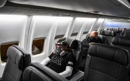 Thảm cảnh của ngành hàng không mùa dịch: Khách hàng bỏ tiền  mua vé thương gia, dịch vụ không khác gì ghế hạng phổ thông!