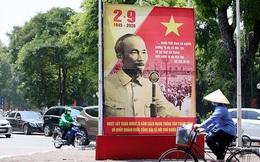 Hà Nội: Phố phường 'khoác áo đỏ' chào mừng Quốc khánh
